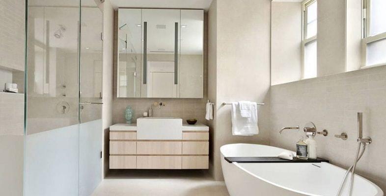 Nhà vệ sinh nên chọn gạch ốp màu tươi sáng