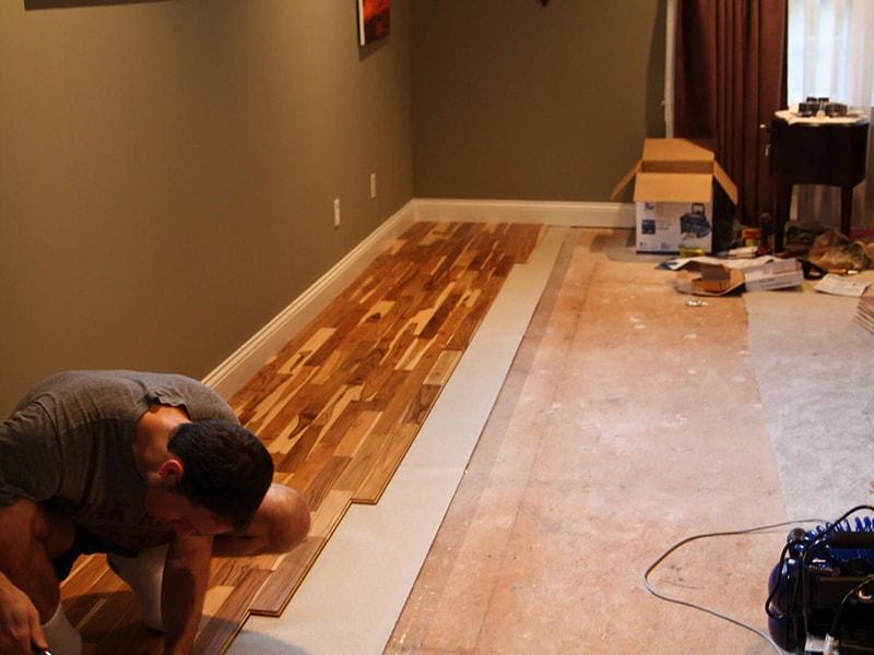 Thi công sàn gỗ óc chó theo quy trình chuẩn
