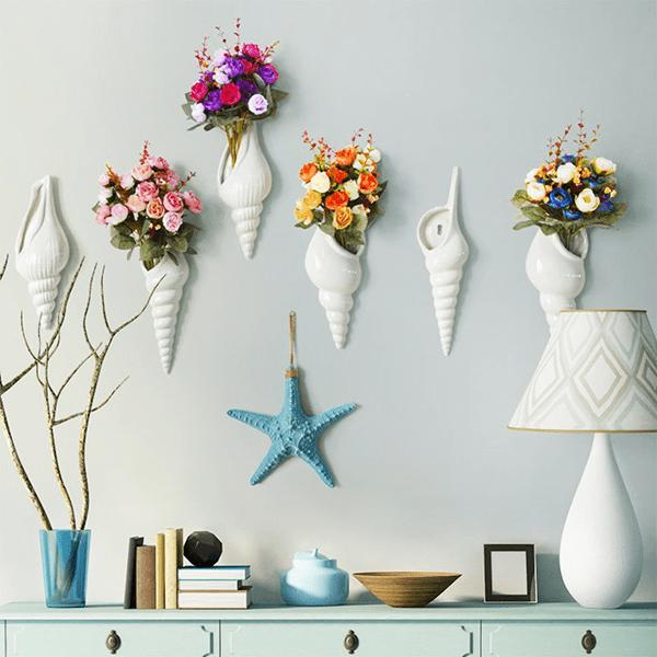 Lọ hoa treo tường lấy ý tưởng từ ốc biển